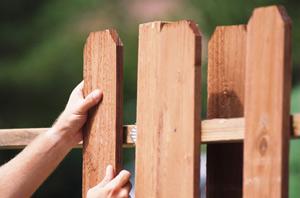Fix a Picket Fence