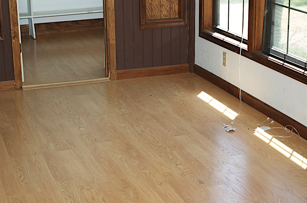 Laminate flooring can you seal seams laminate flooring for How to seal vinyl flooring seams