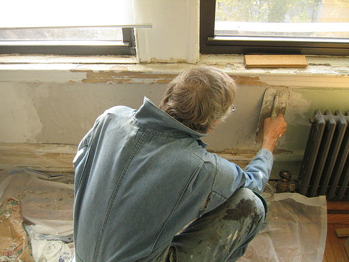 How to Plaster Walls DIY and Repair Guides