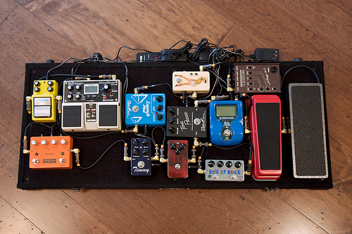 how to build a pedal board diy and repair guides. Black Bedroom Furniture Sets. Home Design Ideas