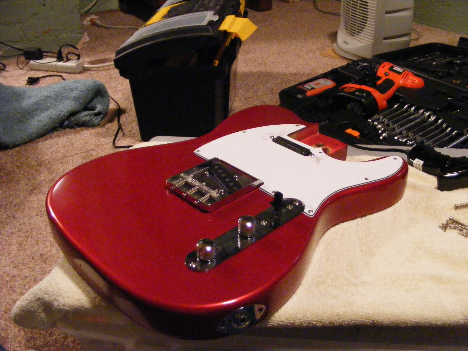 How To Build An Electric Guitar Diy And Repair Guides Need Know The Parts Of First Foremost You Tools Important Start This Project Yours Learn On Your Own