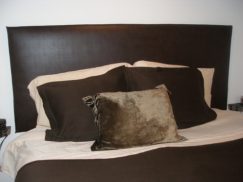 Diy headboard diy and repair guides for Do it yourself headboards with fabric